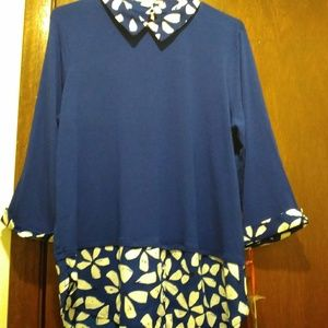 Lovely ELLE Size Large Knit Blouse Top!!